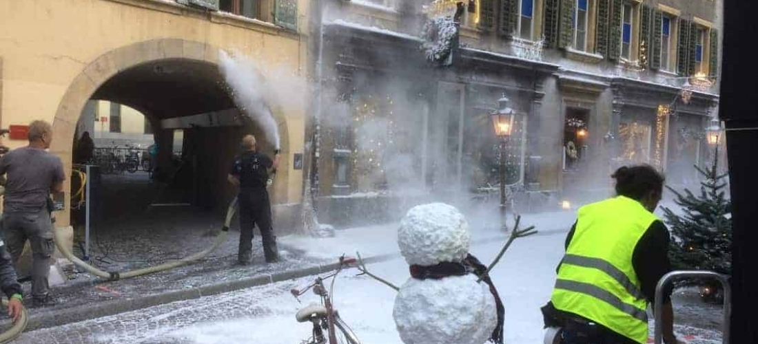 Snow business in Biel